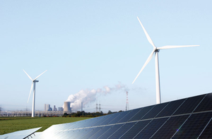 Kraftwerk Solaranlage Windräder